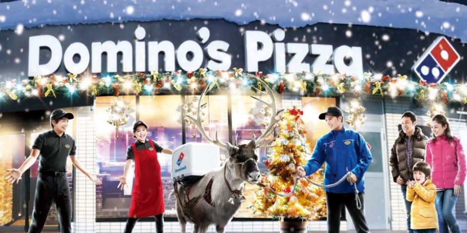 Is Dominos Open On Christmas.Domino S Trains Reindeer To Deliver Pizza For Christmas